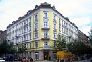 ferienwohnung berlin prenzlauerberg zentrum holiday flat zentral berlin 1 zimmer ferienwohnung. Black Bedroom Furniture Sets. Home Design Ideas