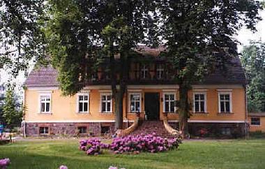 ferienwohnung templin gut netzow am see ferienwohnung deutschland ferienwohnung uckermark. Black Bedroom Furniture Sets. Home Design Ideas