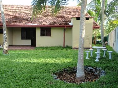 bilder ferienhaus gonapinuwala sri lanka eco friendly holiday home. Black Bedroom Furniture Sets. Home Design Ideas