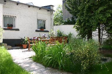 ferienhaus d sseldorf gartenbungalow als ferienwohnung. Black Bedroom Furniture Sets. Home Design Ideas