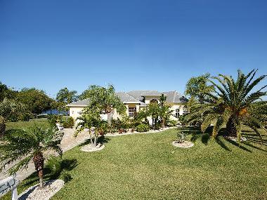 ferienhaus cape coral villa lakeview ferienhaus usa ferienhaus florida. Black Bedroom Furniture Sets. Home Design Ideas