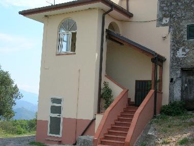ferienhaus hohe fenster italien