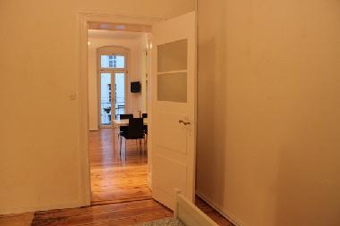 bilder ferienwohnung berlin deutschland 2 rooms flat in graefe kiez kreuzberg. Black Bedroom Furniture Sets. Home Design Ideas