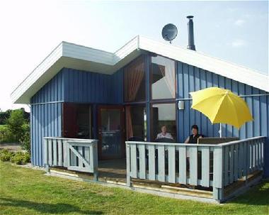bilder ferienhaus twist deutschland schwedenhaus mit. Black Bedroom Furniture Sets. Home Design Ideas