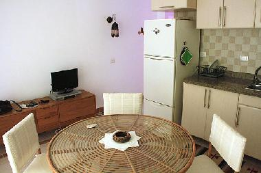 full equipted kitchen, aircondition, tv,  fridge, freezer, toaster.