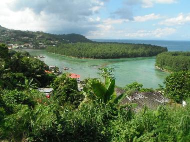 Bilder ferienhaus mahe seychellen a louer villa neuve aux for Villa de jardin mahe seychelles