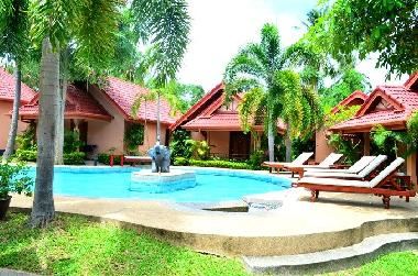 ferienhaus rawai happy elephant resort ferienhaus thailand. Black Bedroom Furniture Sets. Home Design Ideas