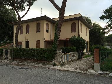 Villa tirrenia schöne geräumige villa felci villa italien villa
