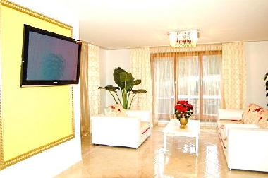 Wohnzimmer Oesterreich Style : Ferienwohnung wien luxury apartment in «versace style